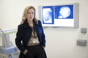Gillian Anderson hosts Reddit Session, Talks Hannibal and The Fall