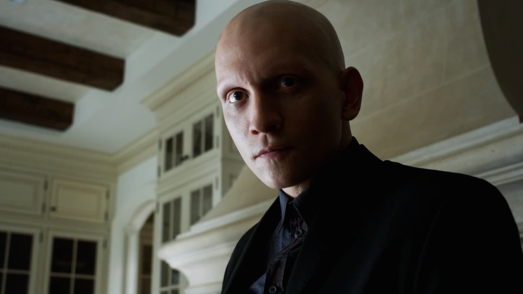 review gotham s1 e7 22 monday 24th november channel 5 the