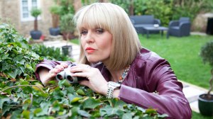Agatha-Raisin-Ashley-Jensen-1-16x9-1