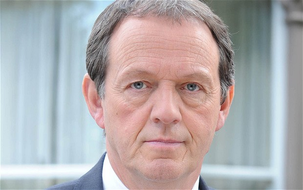 kevin whately wiki