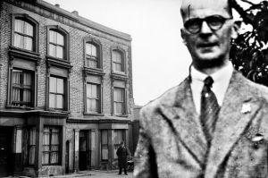 10-Rillington-Place-Notting-Hill-serial-killer-John-Reginald-Christire