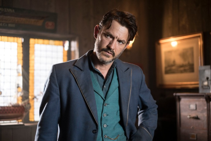 Programme Name: Ripper Street S4 - TX: 29/08/2016 - Episode: n/a (No. 2) - Picture Shows: Homer Jackson (ADAM ROTHENBERG) - (C) Tiger Aspect 2016 - Photographer: Bernard Walsh