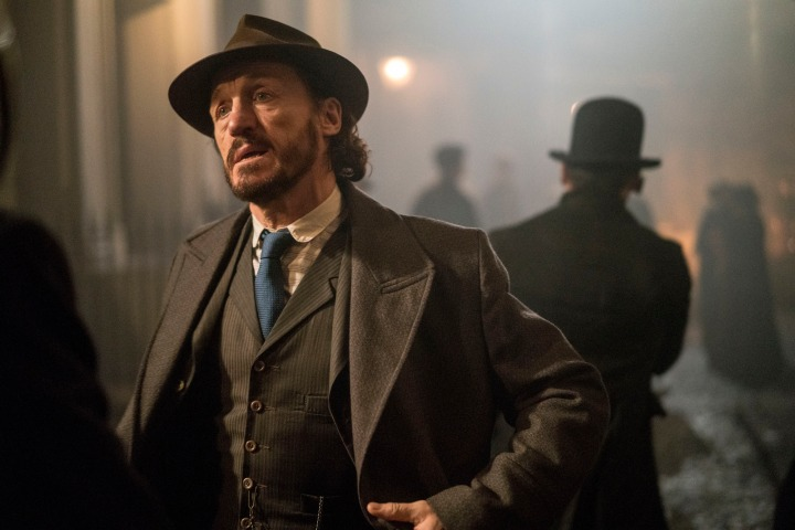 Programme Name: Ripper Street  S4 - TX: 26/09/2016 - Episode: n/a (No. 6) - Picture Shows:  Bennet Drake (JEROME FLYNN) - (C) Tiger Aspect 2016 - Photographer: Bernard Walsh