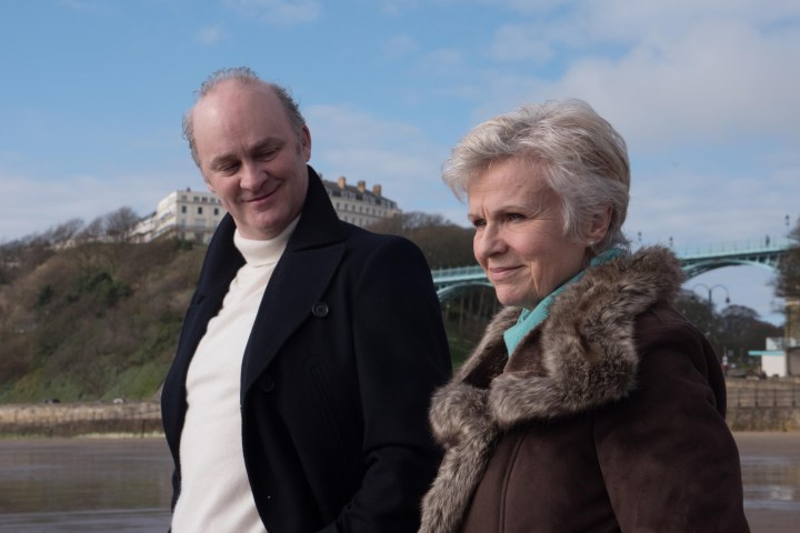 Karl (Tim McInnerny) and Marie Finchley (Julie Walters)