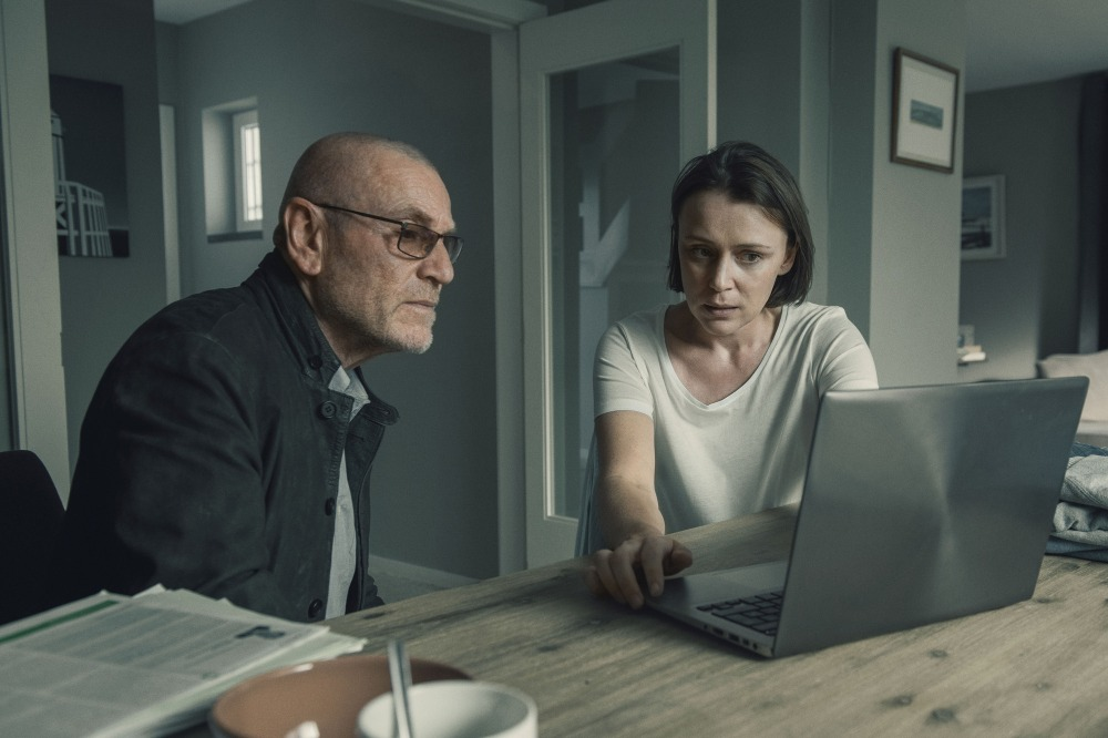 WARNING: Embargoed for publication until 00:00:01 on 08/11/2016 - Programme Name: The Missing series 2 - TX: 16/11/2016 - Episode: n/a (No. 6) - Picture Shows:  Julien Baptiste (TCHEKY KARYO), Gemma Webster (KEELEY HAWES) - (C) New Pictures - Photographer: Steffan Hill