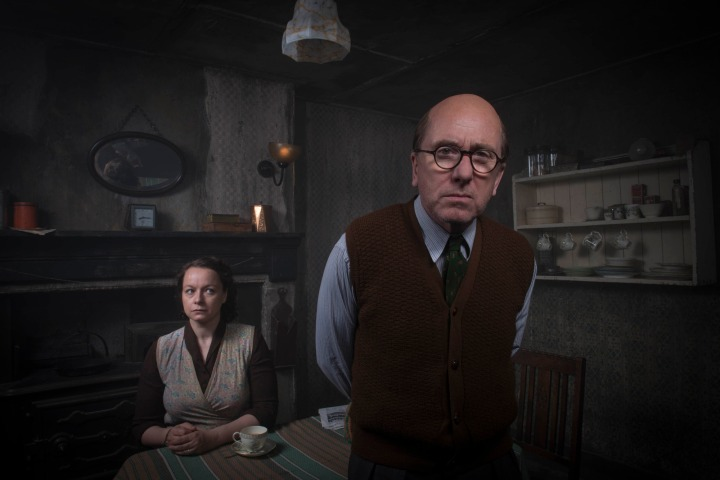 Programme Name: Rillington Place - TX: n/a - Episode: n/a (No. n/a) - Picture Shows: General Release Ethel Christie (SAMANTHA MORTON), John Christie (TIM ROTH) - (C) BBC - Photographer: Des Willie