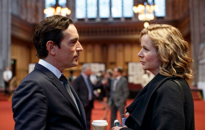 Programme Name: Apple Tree Yard - TX: n/a - Episode: Apple Tree Yard - Ep1 (No. 1) - Picture Shows: Costley (BEN CHAPLIN), Yvonne Carmichael (EMILY WATSON) - (C) Kudos - Photographer: Nick Briggs